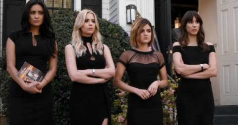 One Of The 'Pretty Little Liars' Stars Recently Gave Birth To A New Baby