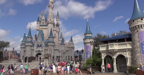 Disney World Is Reportedly Offering Up Lots Of Free Stuff These Days