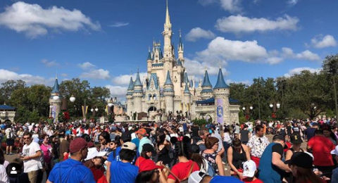 Disney World Is Reportedly Having To Block Lots Of People From Entering Today